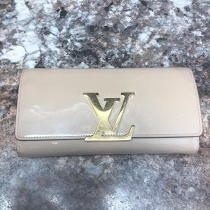 Authentic LV beige patent Louise wallet